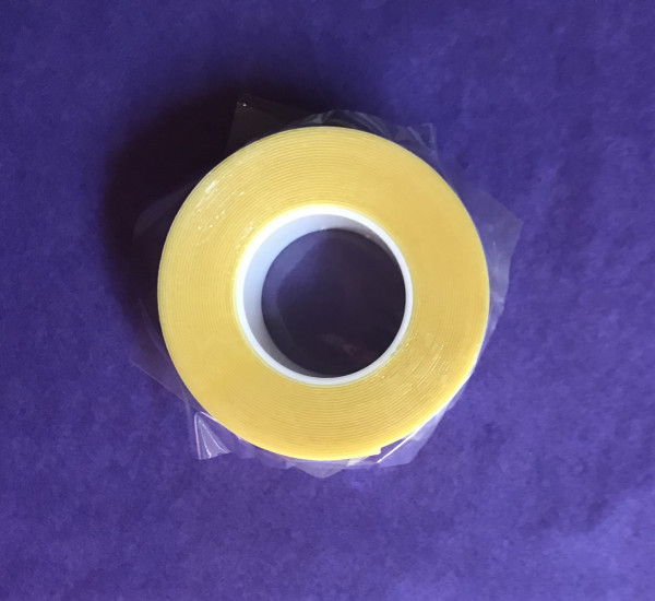 TrendyHairs doppelseitiges Tapeband zur Befestigung von Tape Extensions sehr lange Haltbarkeit